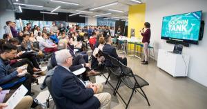 "In ""Dolphin Tank,"" Alumni Advise Student Innovators, Gently"